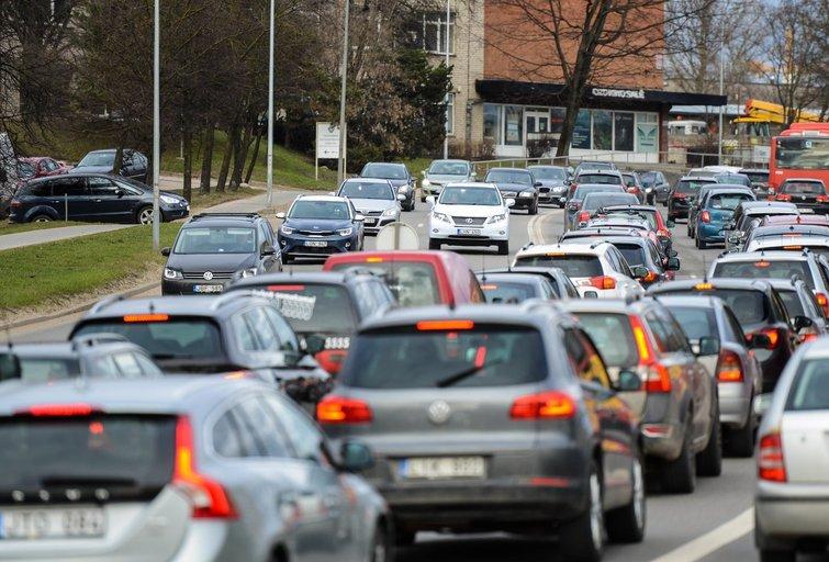 Transportas, automobiliai (nuotr. Fotodiena/Justino Auškelio)