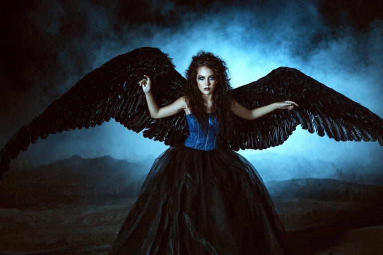 Moteris  (nuotr. 123rf.com)