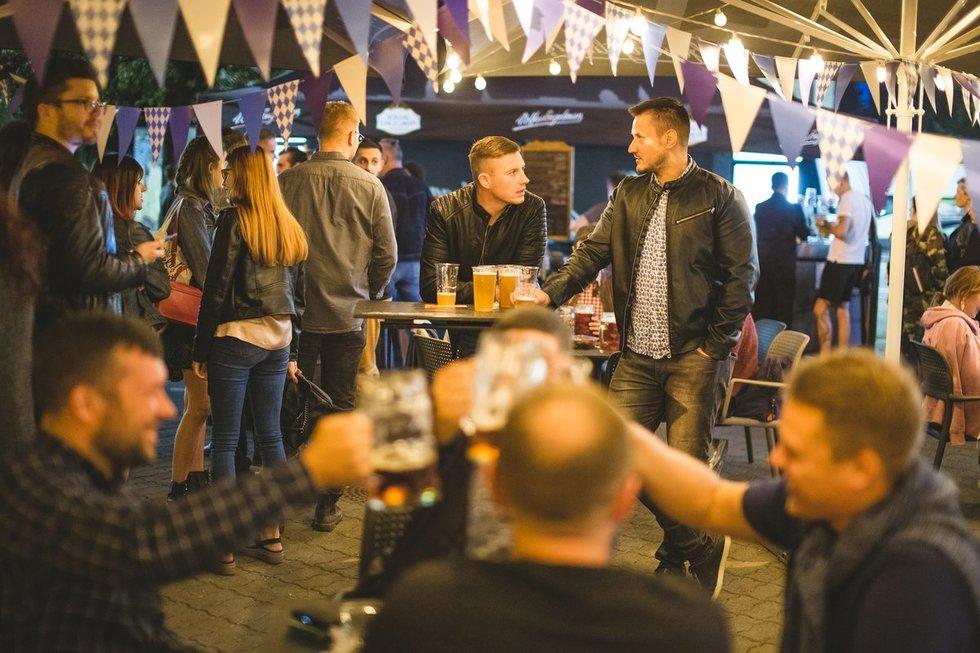 """Pandemijai iš vokiečių atėmus """"Oktoberfestą"""" festivalio dvasią saugo lietuviai"""