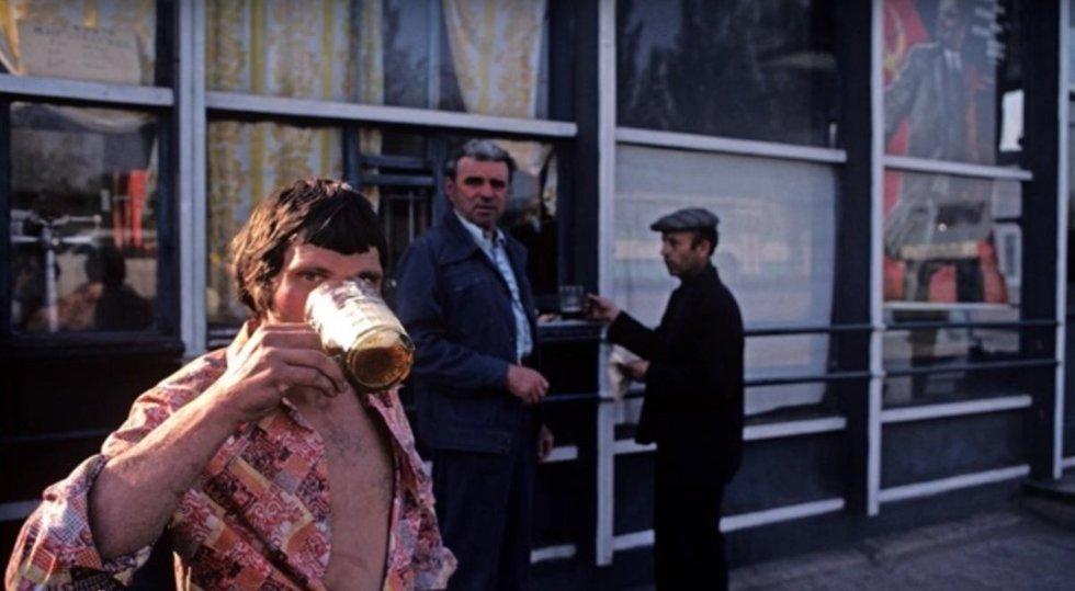 """Alkoholis Sovietų Sąjungoje (nuotr. """"Youtube"""")"""
