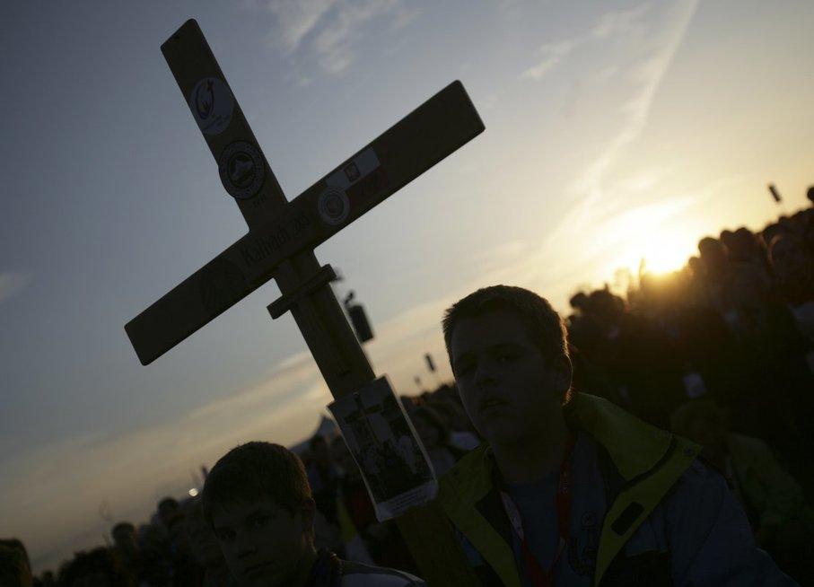 """Popiežius pakeitė maldą """"Tėve mūsų"""": nepatiko, kad Dievas gali įvesti į pagundą (nuotr. SCANPIX)"""