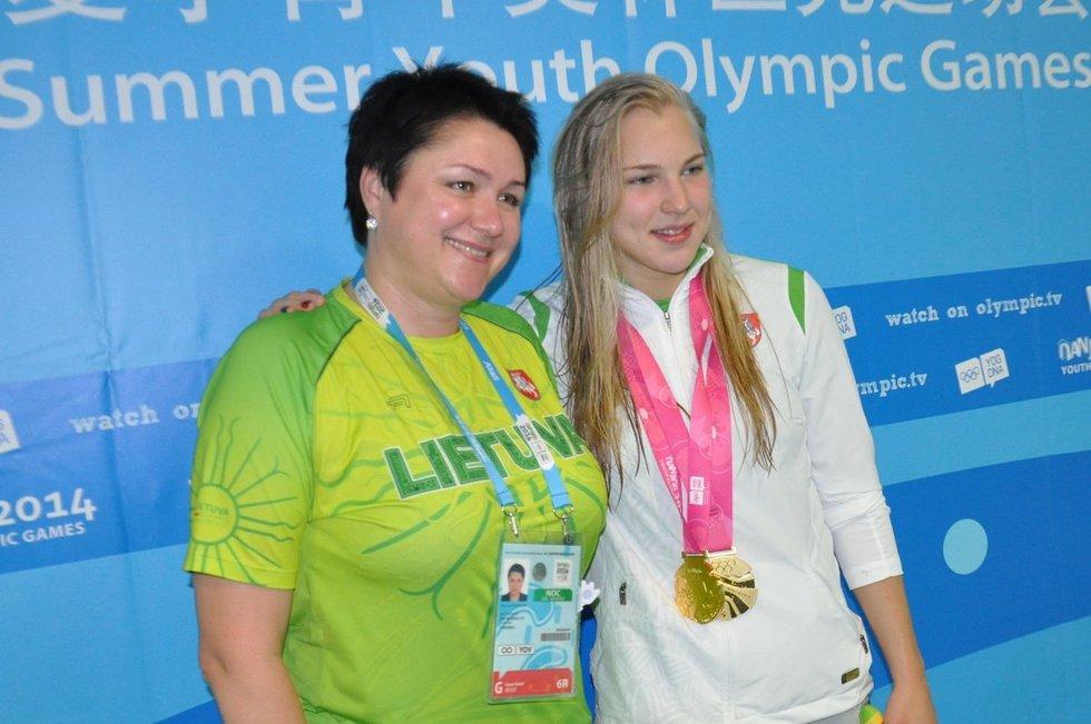 D. Gudzinevičiūtė ir R. Meilutytė (nuotr. Organizatorių)