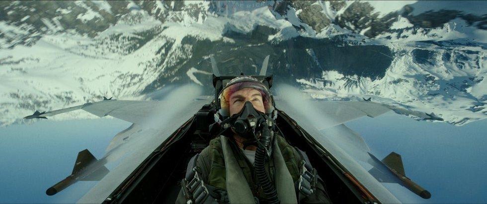 """Tom Cruise mokosi skraidyti Antrojo pasaulinio karo lėktuvu, pravarde """"Našlių gamintojas"""""""