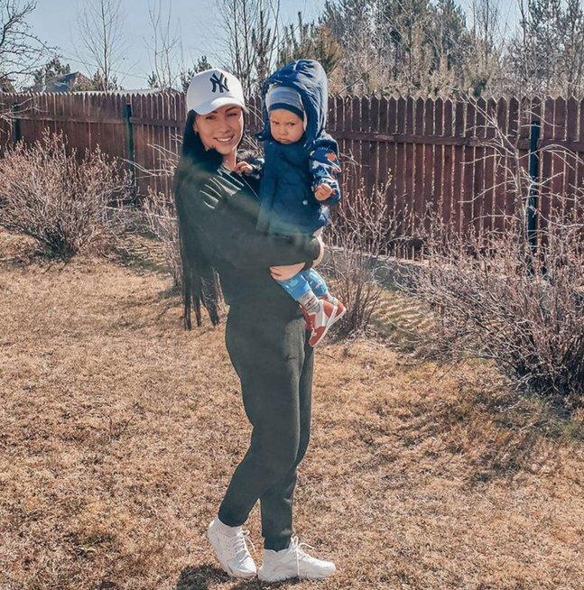Greta Lebedeva su sūnumi