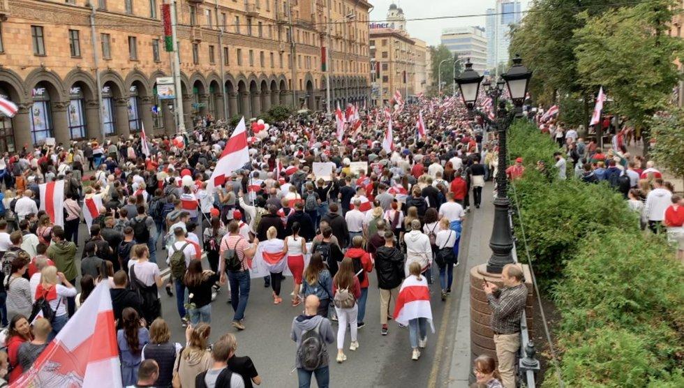 Protestuojantys ir streikuojantys baltarusiai – ties ekonominės bedugnės riba