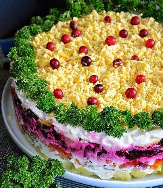Mišrainę vadina tortu (worldrecipes.eu nuotr.)