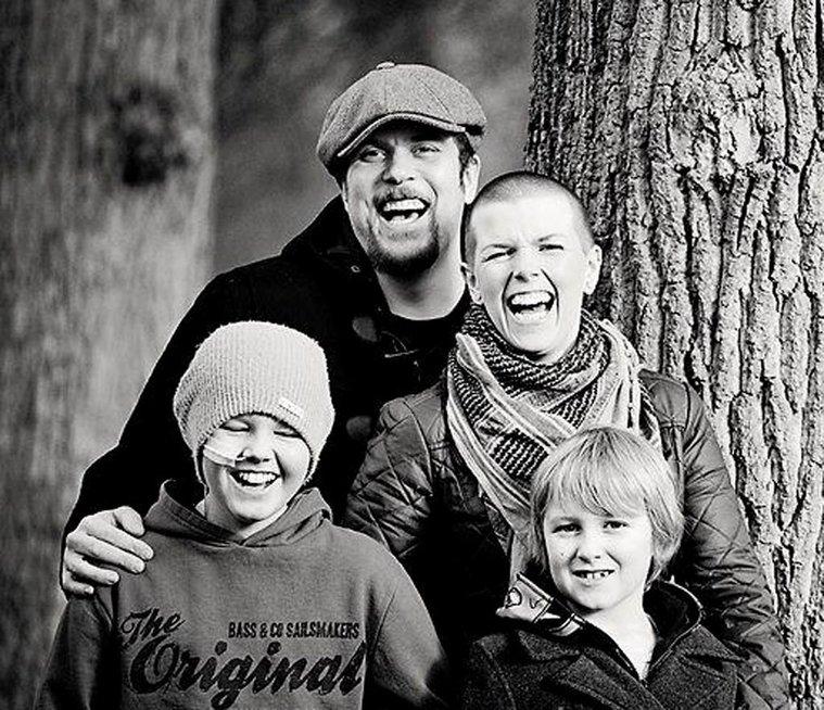 Mama savo dviem vėžio formomis sirgusį mažametį gydė marihuana (nuotr. Vida Press)