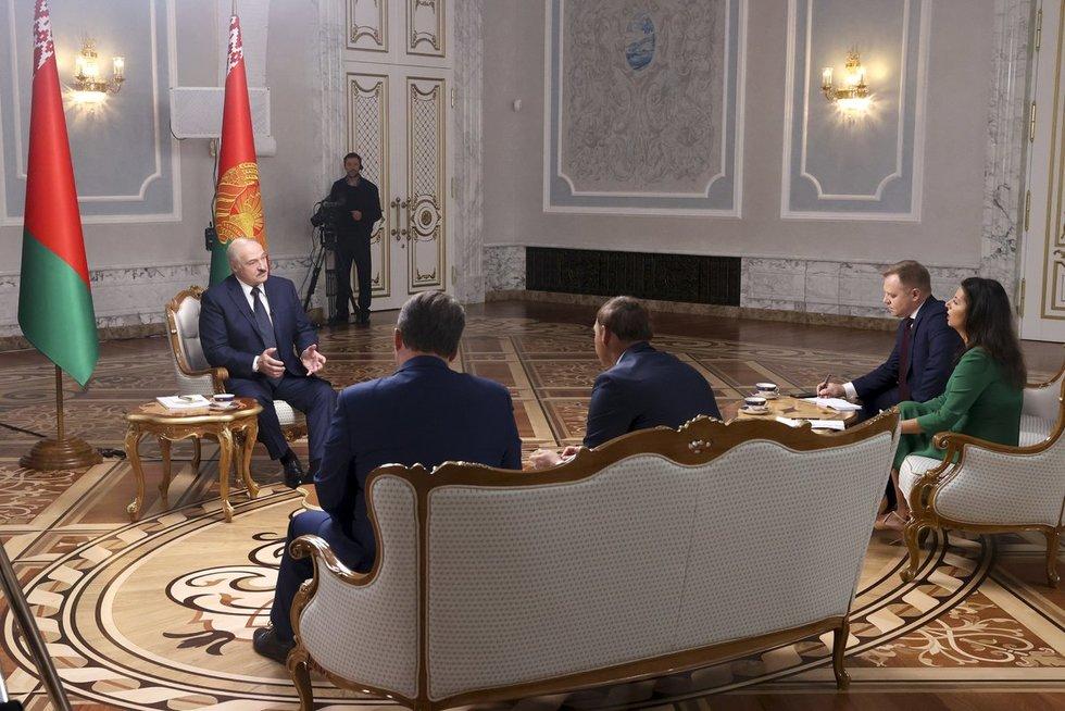 Lukašenka: jeigu aš pasitrauksiu, mano šalininkus išskers!