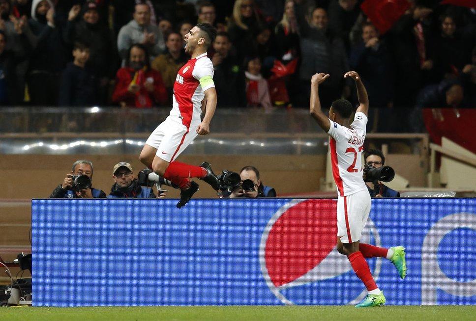 """""""Monaco"""" – Dortmundo """"Borussia"""" (nuotr. SCANPIX)"""