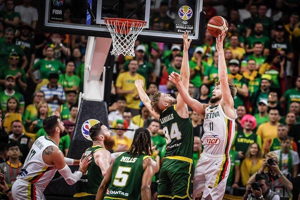 Lietuva-Australija akimirkos (nuotr. FIBA)