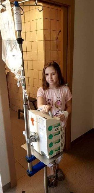 13-metė Emilija – nenuilstanti kovotoja
