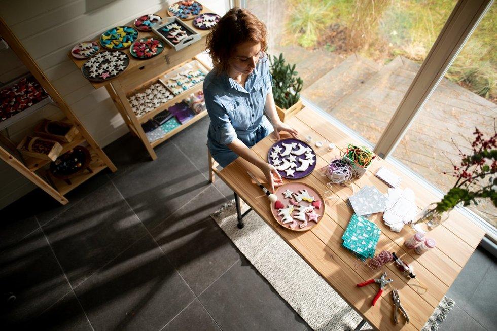 Mamos ir dukters kepami sausainiai ne vieną palieka be žado (nuotr. Bondo photography)