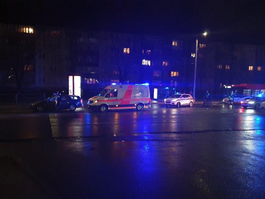 Kruvina nelaimė sostinėje – žuvo automobilio partrenktas žmogus