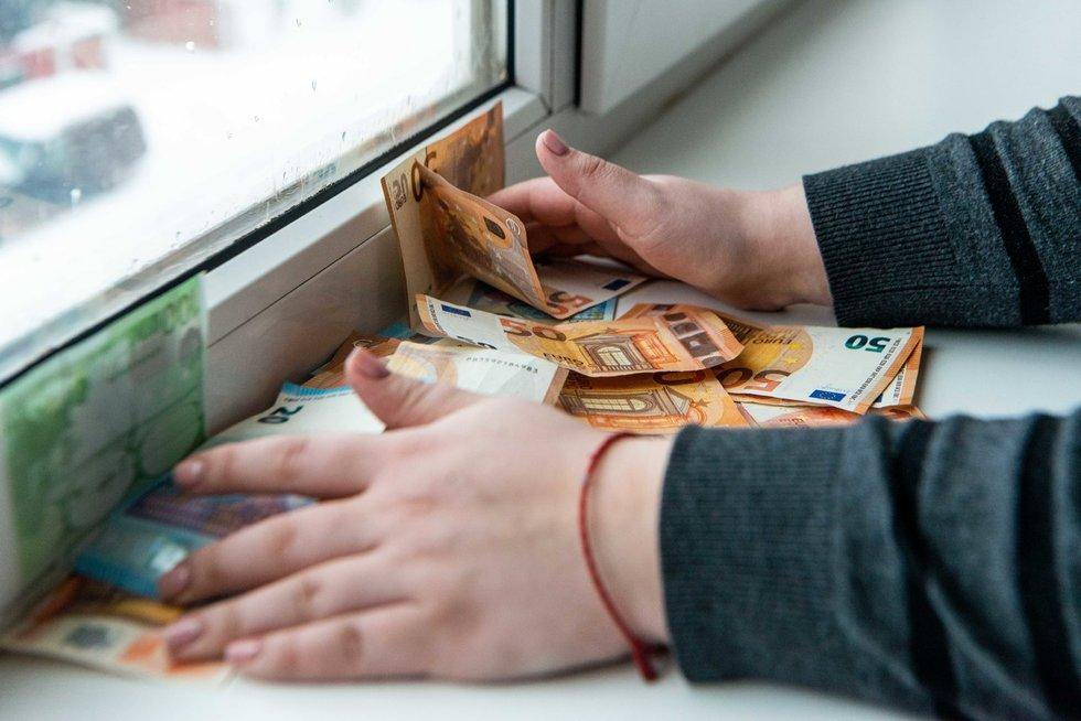 Pinigai. Fotodiena/Katažyna Polubinska