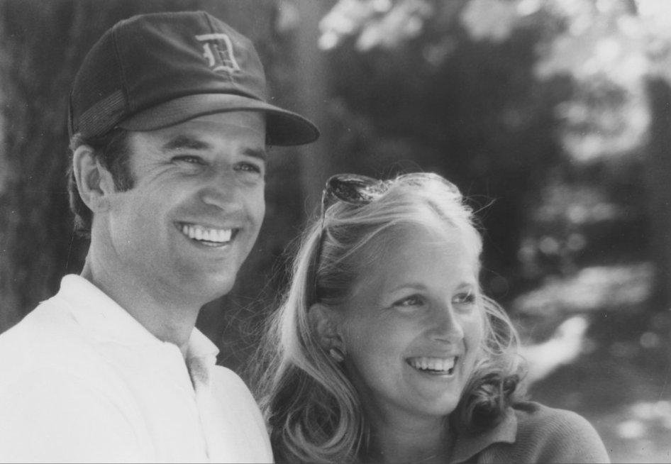 Joe Bidenas su žmona Jill