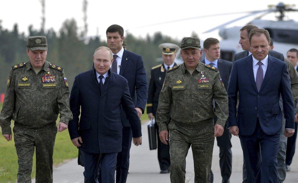 Vladimiras Putinas, Zapad 2021
