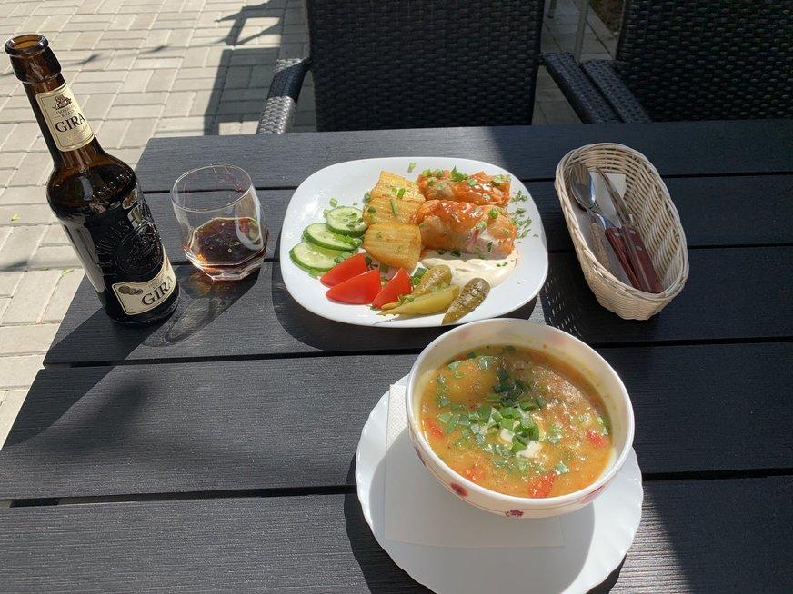"""Dienos pietūs """"Armėniškoje virtuvėje"""": žirnių sriuba ir balandėliai"""