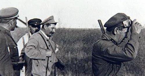 Stalinas medžioja (wikipedia.org)