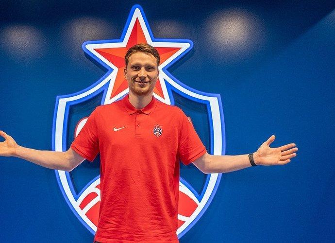 Marius Grigonis persikėlė į CSKA klubą.