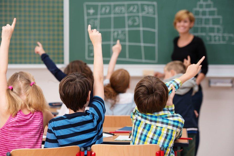 Lenkijos mokytojai streiką pradėjo likus visai nedaug laiko iki baigiamųjų egzaminų