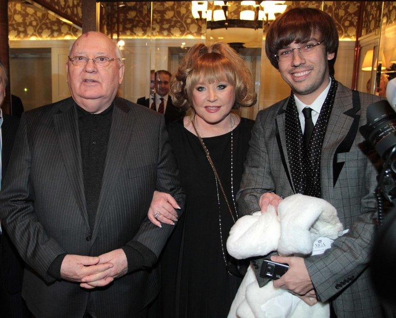 Michailas Gorbačiovas, Alla Pugačiova ir Maksimas Galkinas  (nuotr. Vida Press)