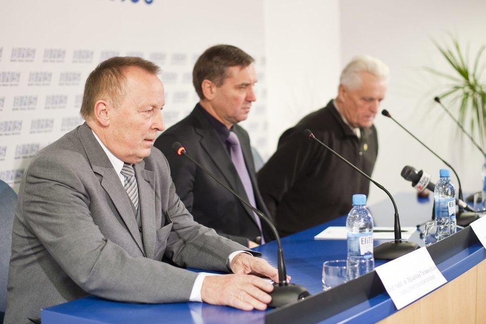 Eduardas Tarasevičius (pirmas iš kairės // Fotodiena nuotr.)
