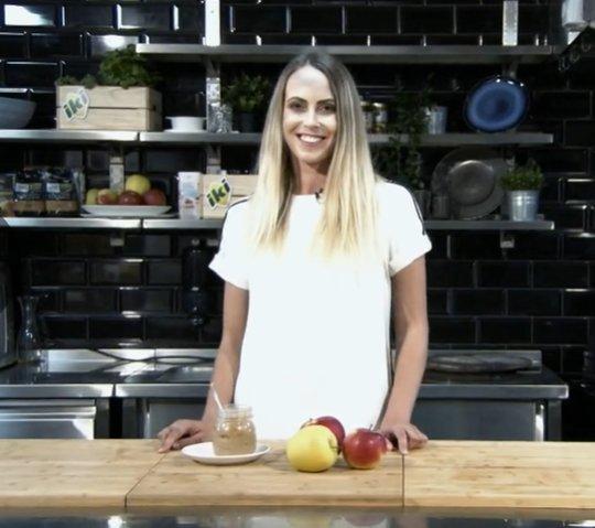 Pakaitinkite obuolius keptuvėje: Bertos receptas taps mėgstamiausiu