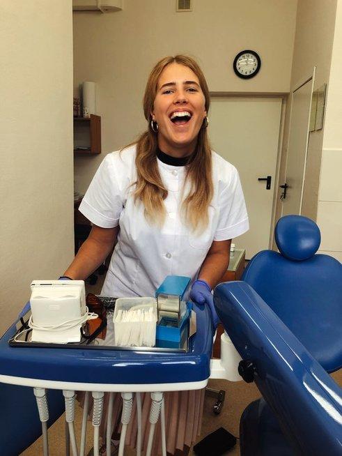 Odontologijos studijos sužavėjo nuo pirmų mėnesių