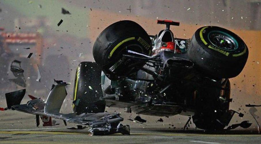 "Schumacherio karjeros pabaiga ""Mercedes"" ekipoje nebuvo rožėmis klota (nuotr. SCANPIX)"
