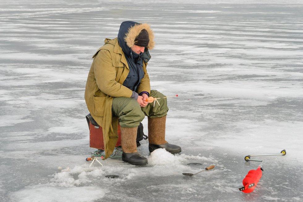 Žvejyba ant ledo (nuotr. Fotolia.com)