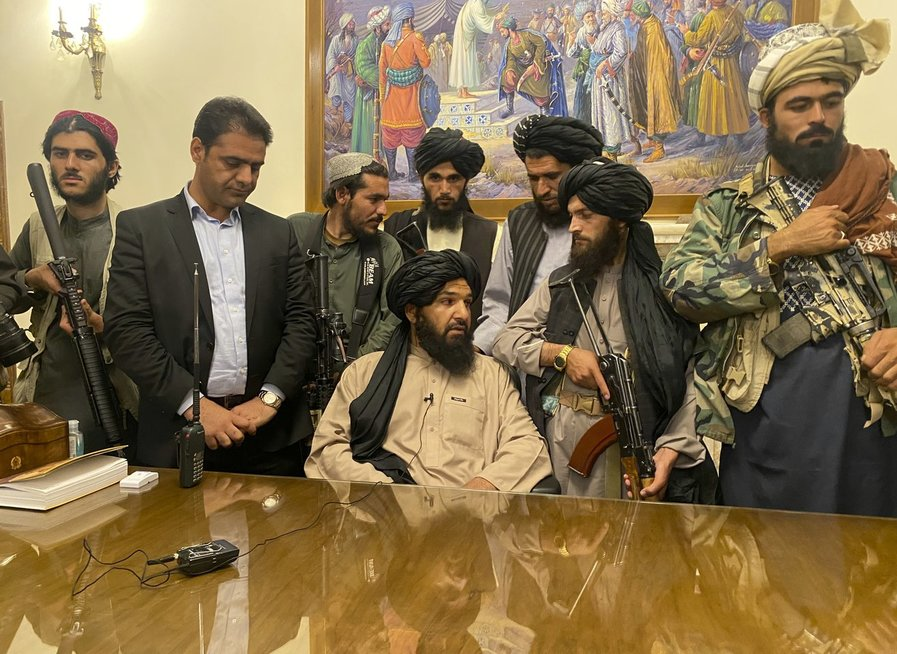 Talibano atstovai prezidento rūmuose
