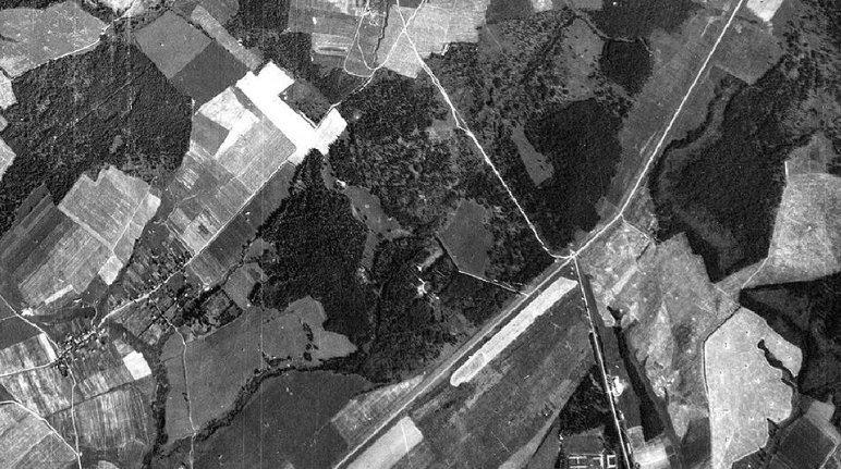 1942-aisiais nacių žvalgybiniu lėktuvu daryta Maskvos apylinkių nuotrauka (nuotr. Maskvos GULAGo istorijos centras) (nuotr. Gamintojo)