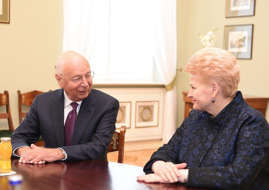 Prezidentė susitinka su Pasaulio ekonomikos forumo Davose steigėju ir valdybos pirmininku Klausu Schwabu (nuotr. Fotodiena.lt/Eglė Mačiulskytė)