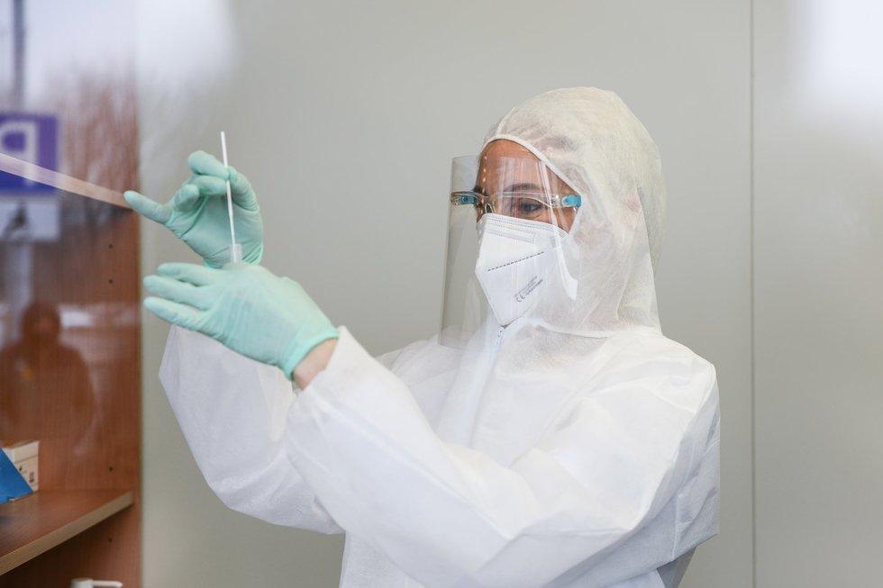 Naujoji Covid-19 testavimo laboratorija prie Vilniaus oro uosto