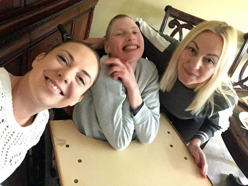 Sigutė su savo vaikais Nojumi ir Gabriele.