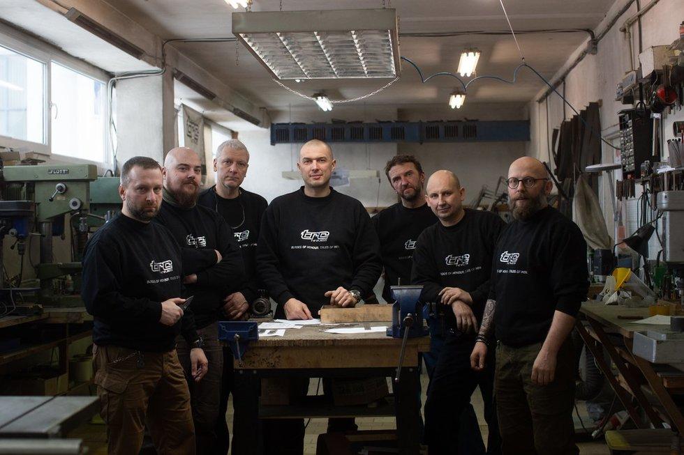 TRC knives dirbtuvių kolektyvas