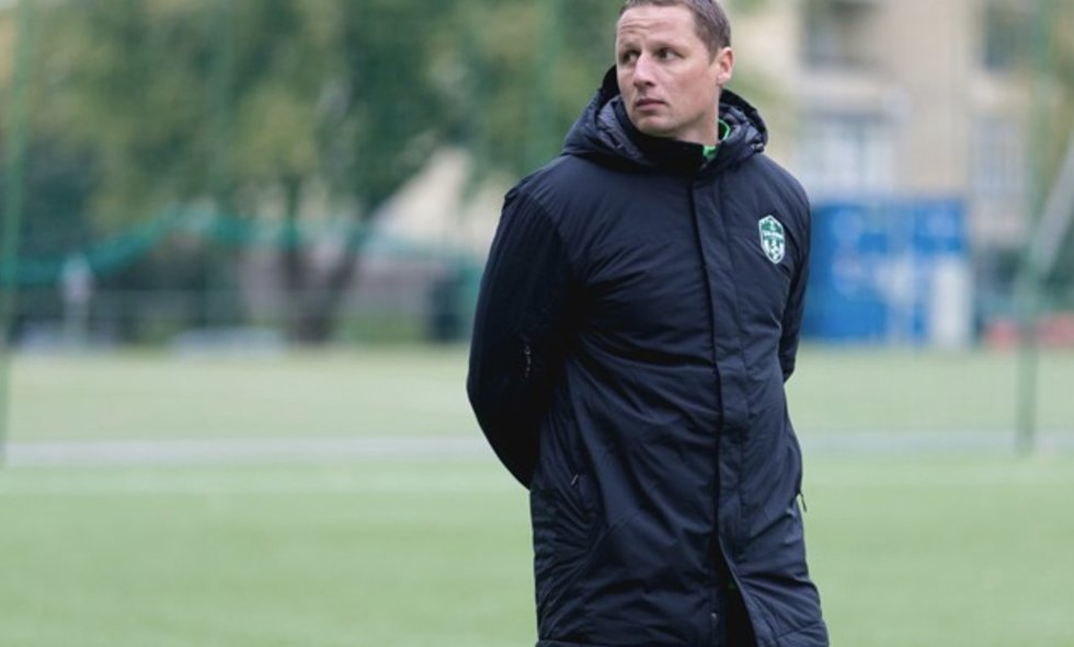 2020-ųjų Lietuvos futbolo apdovanojimai: kandidatai tapti geriausiu moterų komandos treneriu