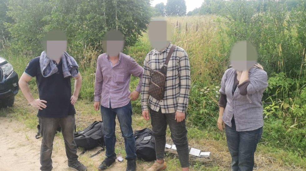 Pasieniečiai vaizdo stebėjimo sistema užfiksavo 4 sieną iš Baltarusijos pažeidusius asmenis