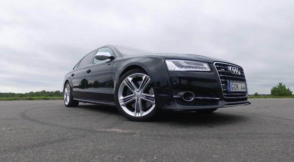 "Autopilotas. Nepadoriai greitas – modifikuoto ""Audi A8 L"" apžvalga"