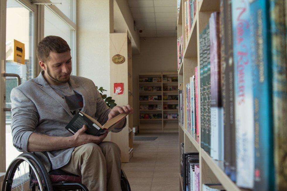 Viktoras buvo pirmasis Lietuvoje, kuris gimė su spina bifida.