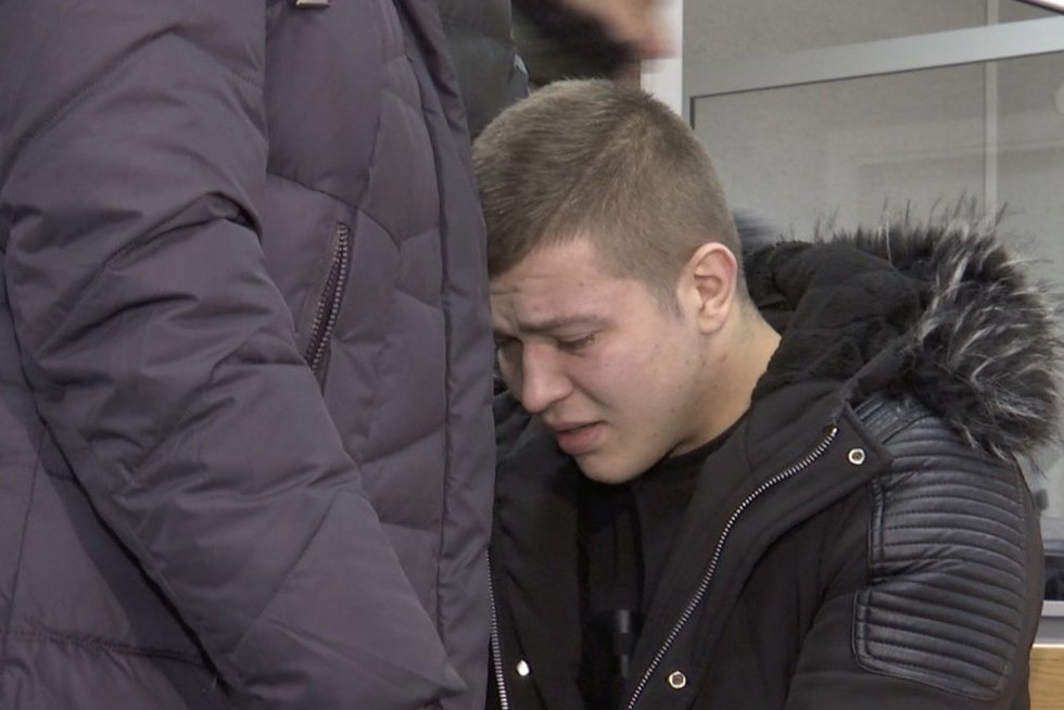 Jurbarkiškiui pasiūlė bausmę: už merginos išniekinimą – 5 metai  (nuotr. stop kadras)