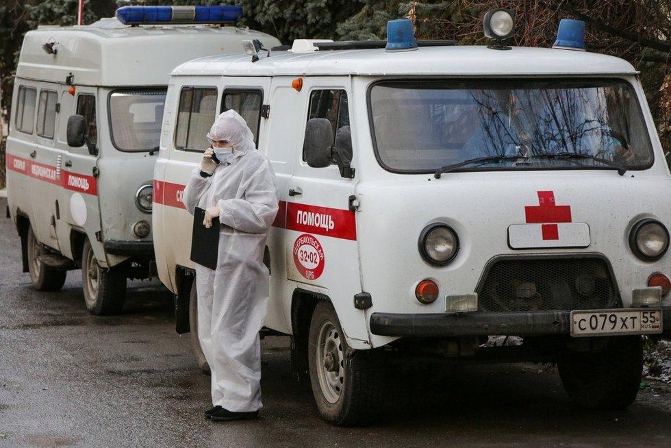 """Byranti medicinos sistema Rusijoje: ligonę 10 valandų vežiojo """"greitąja"""" po miestą, nes nebeliko vietų (nuotr. SCANPIX)"""
