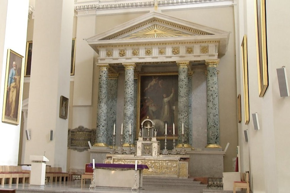 Bažnyčia (nuotr. stop kadras)