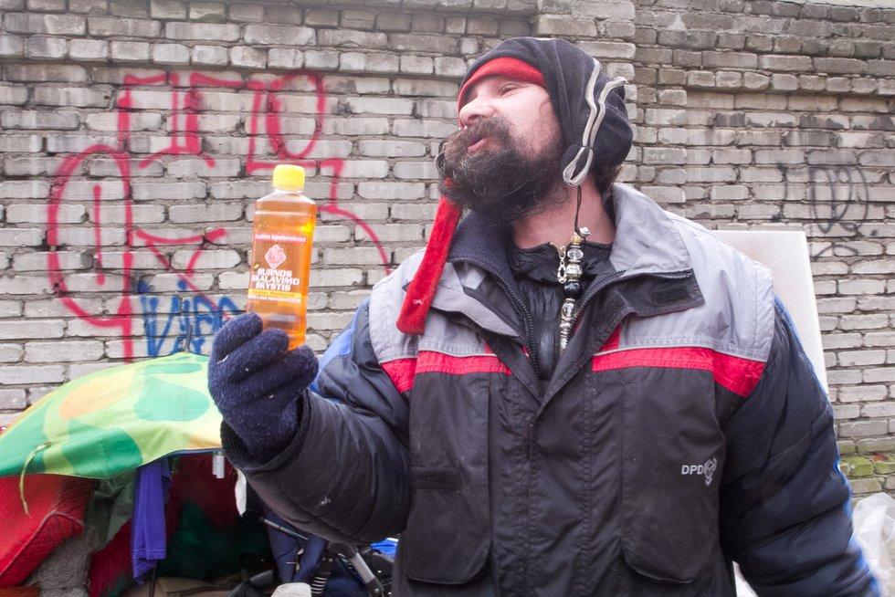 Garsieji sostinės benamiai – Drakonas ir Piratas (nuotr. Tv3.lt/Ruslano Kondratjevo)