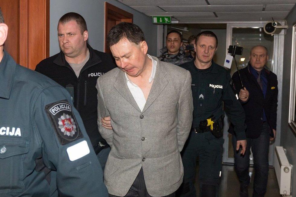 """""""Ikea"""" padegimu ir """"Iki"""" užpuolimu įtariamas Rusijos pilietis suimtas trims mėnesiams (nuotr. Broniaus Jablonsko)"""