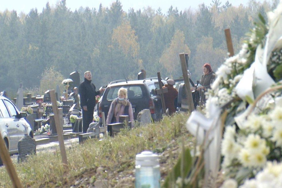Lietuvių gyvybes šienauja ne tik COVID: šį rugsėjį mirė 700 žmonių daugiau nei pernai (nuotr. stop kadras)