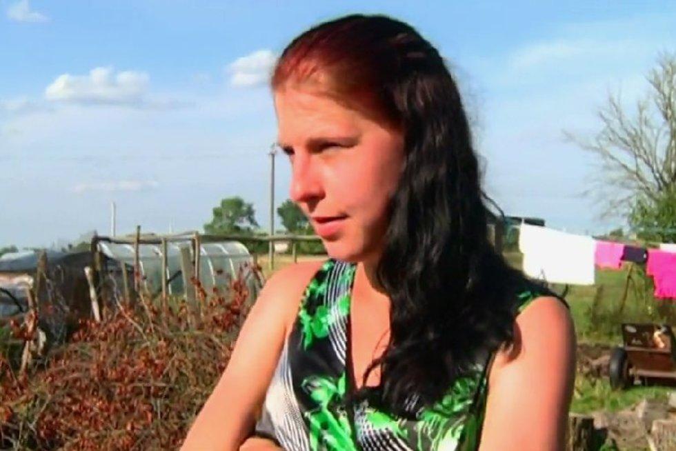 Moteris šaukiasi pagalbos: sergu sunkia liga, todėl atėmė mano dukrą (nuotr. TV3)