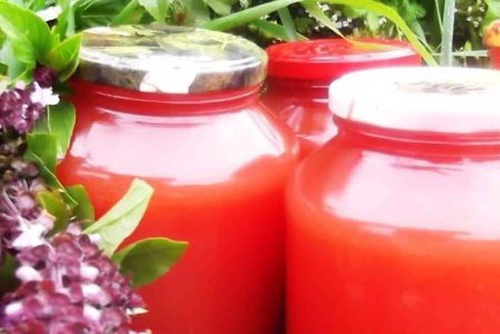 Pomidorų sulčių užteks visai žiemai: (skanusgyvenimas.com)