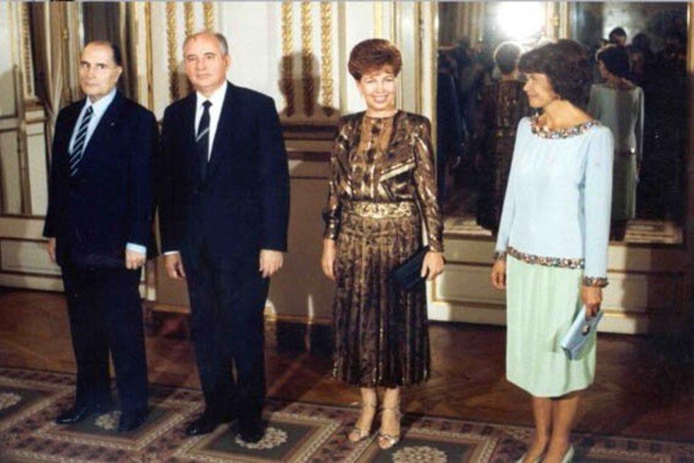 Gorbačiovai ir Miteranai (nuotr. wikipedia.org)