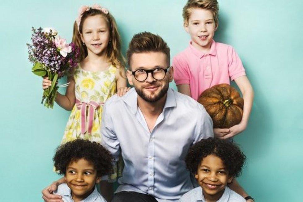 Alfas Ivanauskas su vaikais (nuotr. TV3)